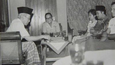 Akhlakul Karimah dan Keteladanan Muallif RA.
